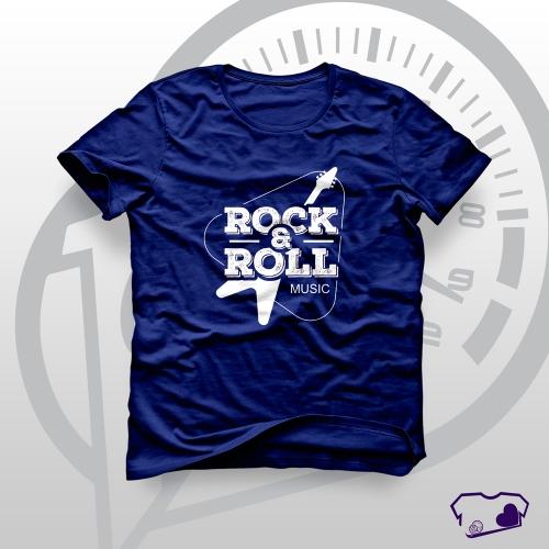 - Camiseta Azul Marinho em Silkscreen