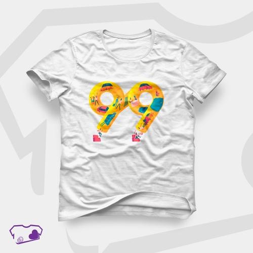 Camiseta Branca em Transfer