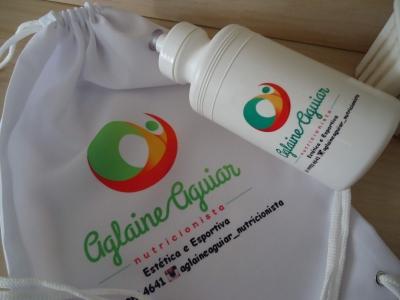 Garrafa personalizada - Kit Mochilinha com Squeeze Brinde Corporativo
