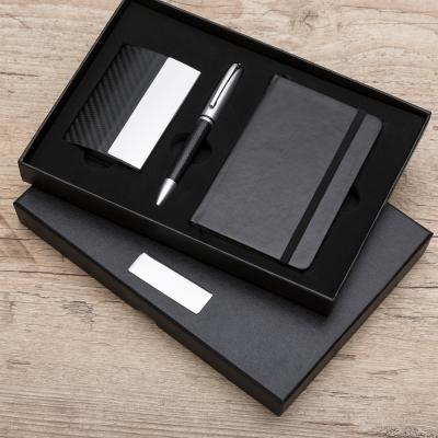 - Kit executivo com moleskine porta cartão e caneta