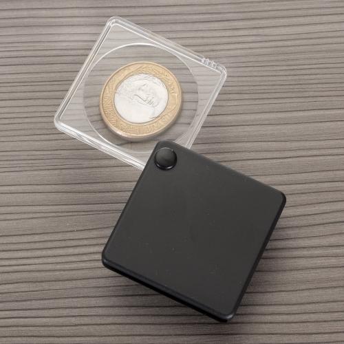 - Lupa com capa plástica preto