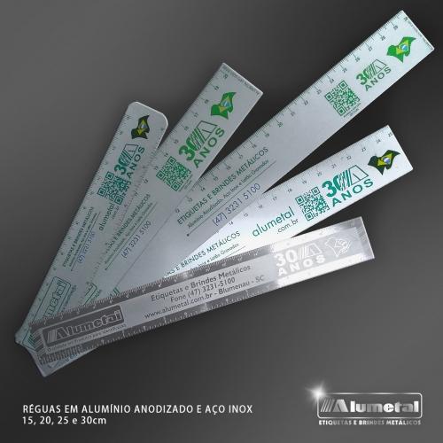 - Réguas de Alumínio