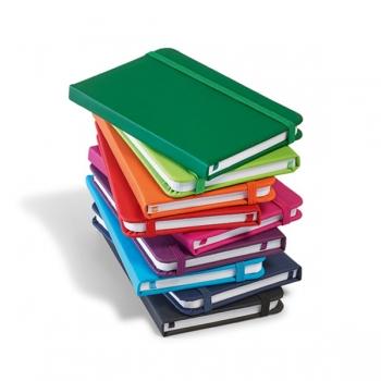 Caderno de anotações tipo Moleskine Europeu em 10 cores diferentes. Couro sintético. Capa dura. Com 80 folhas não pautadas. Formato: A7 Gravação em silk 1 cor
