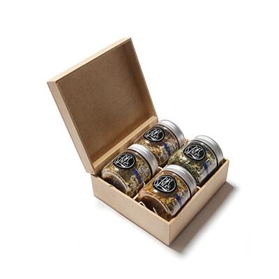 - Kit com 4 temperos especiais gourmet com caixa de MDF