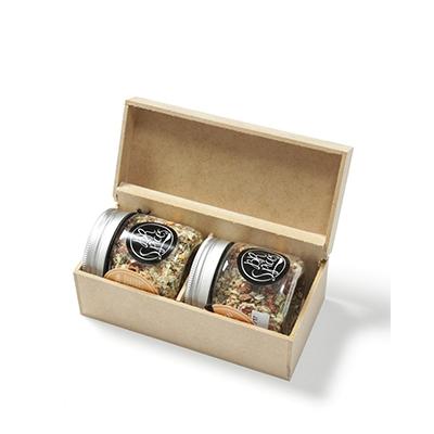 - Kit Gourmet com temperos especiais com caixa de MDF (vários sabores)
